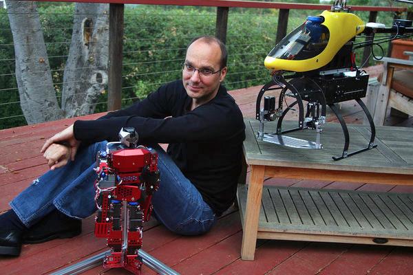 Andy Rubin - người thành lập nhóm nghiên cứu robot của Google