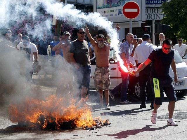 Bạo lực gia tăng ở thủ đô Paris