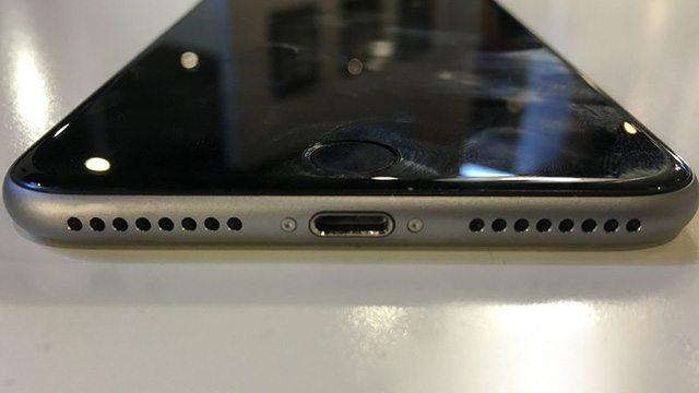Nhiều khả năng iPhone 7 sẽ loại jack cắm tai nghe 3,5 mm.