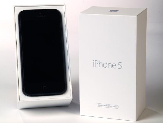 Một chiếc iPhone 5 hàng tân trang của Apple.