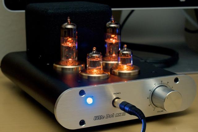 Little Dot mk III là một trong những mẫu amp đèn được ưa chuộng nhất tại Việt Nam.