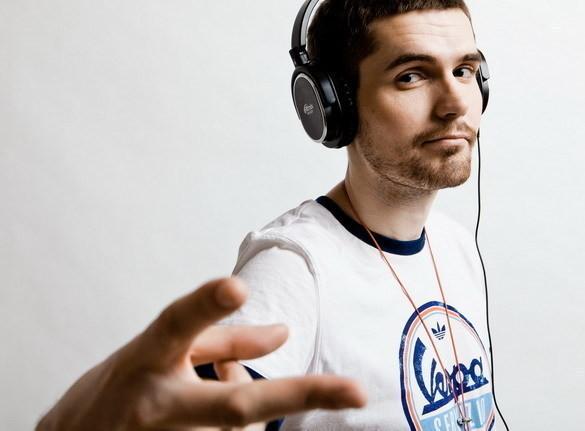 Rapper Noize MC trở thành gương mặt đại diện của dòng tai nghe Ritmix Beats