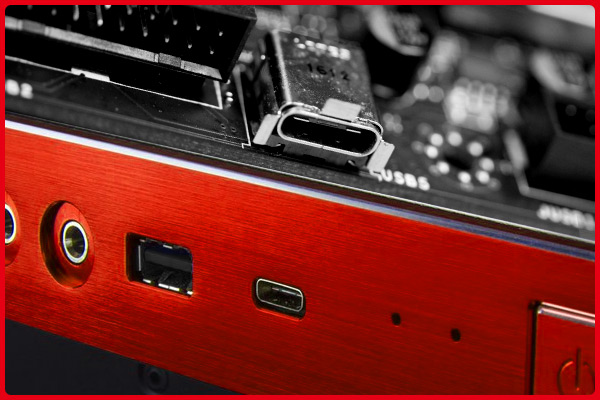 Mainboard đầu tiên trên thế giới trang bị cổng USB 3.1 Type-C phía trước.