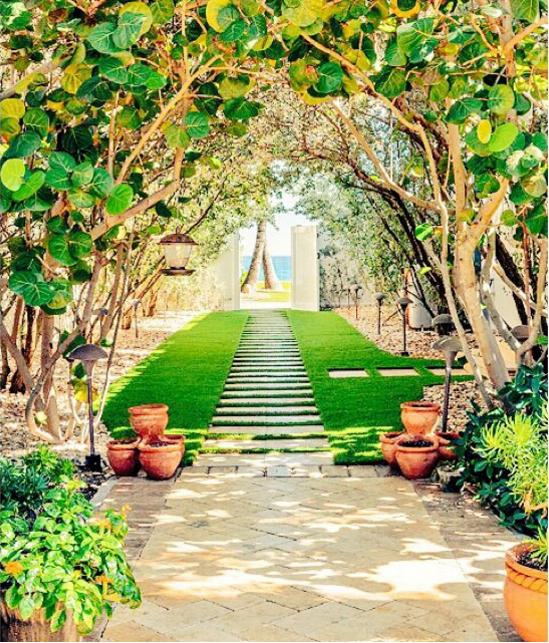Ai cần phải đi du lịch nếu được thức dậy trong một khung cảnh xinh đẹp nhường này chứ?