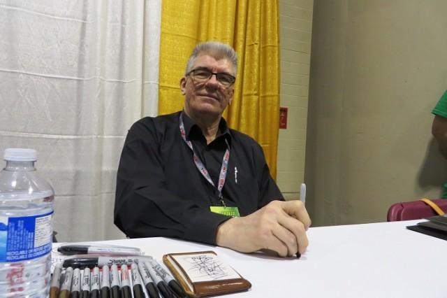 Jim Shooter bước vào thế giới truyện tranh từ năm 13 tuổi