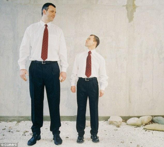 Đàn ông chân dài hơn có nguy cơ cao hơn mắc ung thư ruột kết?