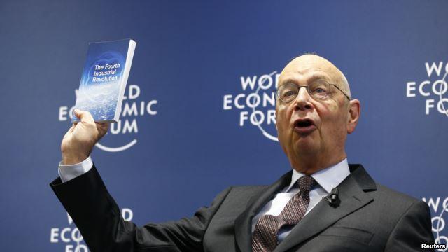 Giáo sư Klaus Schwab và cuốn sách Cuộc cách mạng công nghiệp lần thứ tư