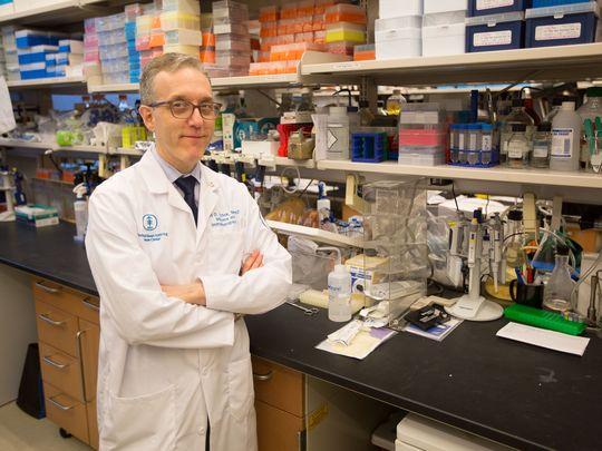 Bác sĩ Jedd Wolchok chia sẻ rằng công việc nghiên cứu của ông trở nên hiệu quả hơn nhờ các khoản quyên góp của tỉ phú trẻ Parker