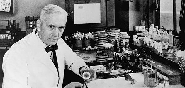 Alexander Fleming, người mở đường cho thời kỳ vàng của tây y với kháng sinh