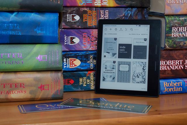 Với giá thành lên tới 300 USD của chiếc Oasis, Kindle giờ đã bước chân cả vào phân khúc sản phẩm thèm muốn.