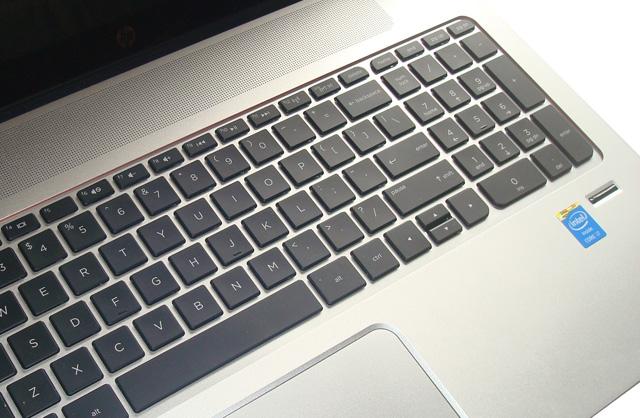 Những chiếc laptop cũ sẽ bị thay thế thường xuyên hơn nếu người dùng hiểu được rằng chip Intel của họ rất yếu so với chip ngày nay.