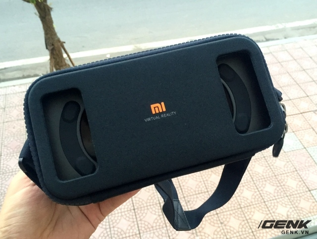 Mẫu kính thực tế ảo Mi VR đầu tiên đã có mặt tại Việt Nam