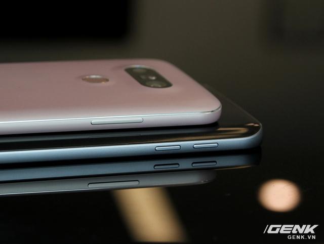 Galaxy S7 vẫn giữ ngôn ngữ thiết kế tương tự người tiền nhiệm S6. Còn LG G5 lại giống V10 hơn là G4.