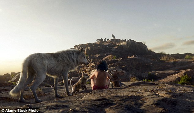 """Nhân vật Mowgli trong tác phẩm được yêu mến The Jungle Book của Rudyard Kipling được dựa trên những câu truyện về """"người sói""""."""