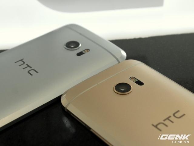 Máy có 2 phiên bản màu sắc là bạc và vàng, không có màu đen
