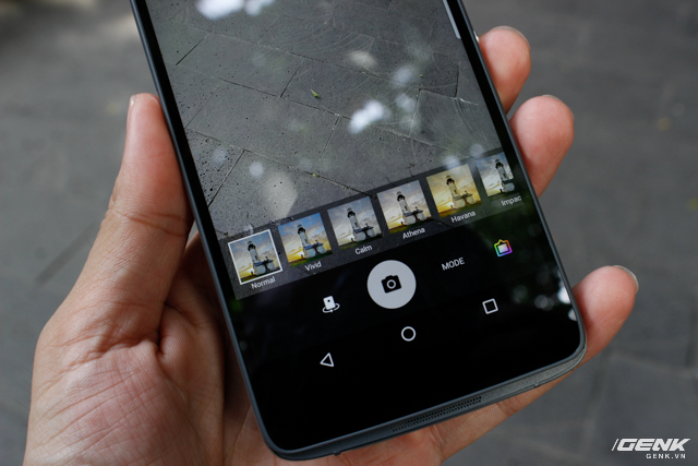 BlackBerry DTEK50 cung cấp nhiều bộ lọc màu thú vị.
