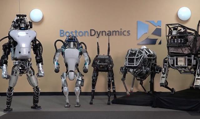Ai ngờ rằng những con robot siêu việt này lại bị bỏ rơi tại Google.