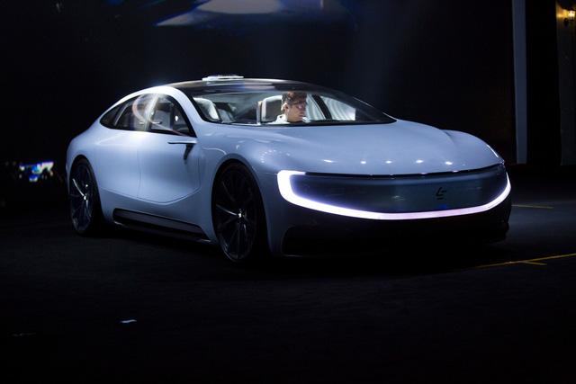 Concept xe hơi chạy điện tự lái hoàn toàn LeSEE