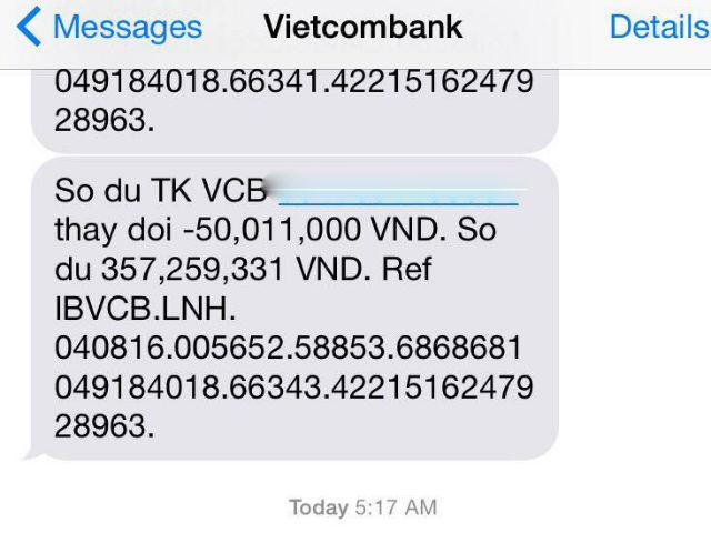 Sáng hôm sau tỉnh dậy, chị Hương bỗng nhận được tin nhắn báo số dư tài khoản với số tiền bị chuyển đi là 500 triệu đồng.