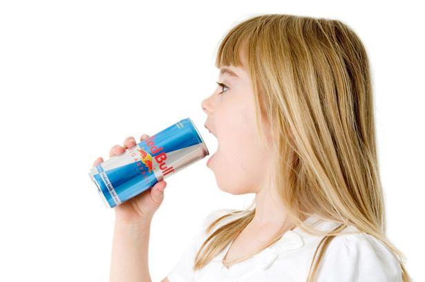 Trẻ em đang ngày càng uống nhiều nước tăng lực
