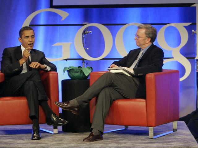 Tổng thống Obama cùng chủ tịch Google (nay là Alphabet) Eric Schmidt.