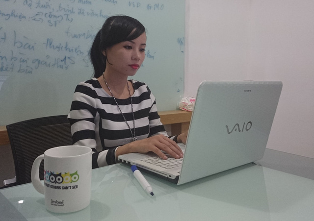 Chị Nguyễn Tố Uyên, một game thủ lâu năm và chuyên gia trong ngành game Việt Nam.
