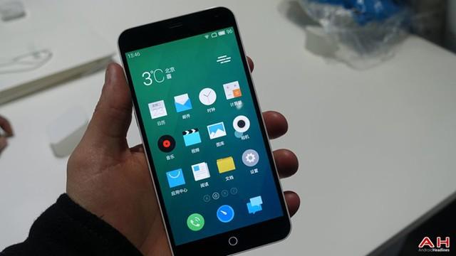 Ảnh thực tế smartphone lai giữa iPhone 6 và 5C giá 160 USD