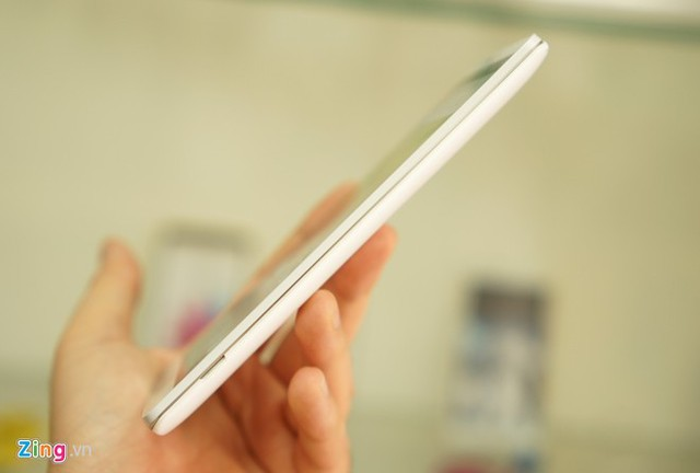 Phablet dùng chip LG bất ngờ xuất hiện tại Việt Nam