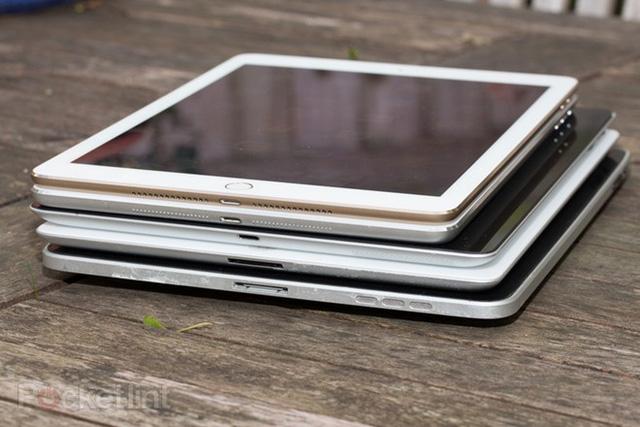 5 thế hệ iPad đọ dáng