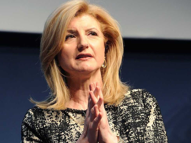 Arianna Huffington catches up on email.
