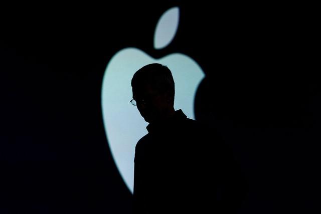 Hình ảnh lặng lẽ của ngài Tim Cook, CEO Apple trước sự kiện WWDC 2015, diễn ra vào ngày 8/6 năm nay tại thành phố San Francisco, Mỹ. Ông luôn tỏ ra trầm tư trước mỗi sự kiện lớn của Apple.