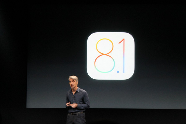 Craig Federighi is in charge of the software that runs Apples iPhones, iPads, and Macs.