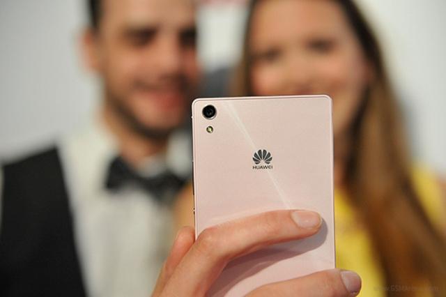 Huawei thu hút được rất nhiều khách hàng là người dùng Châu Âu.