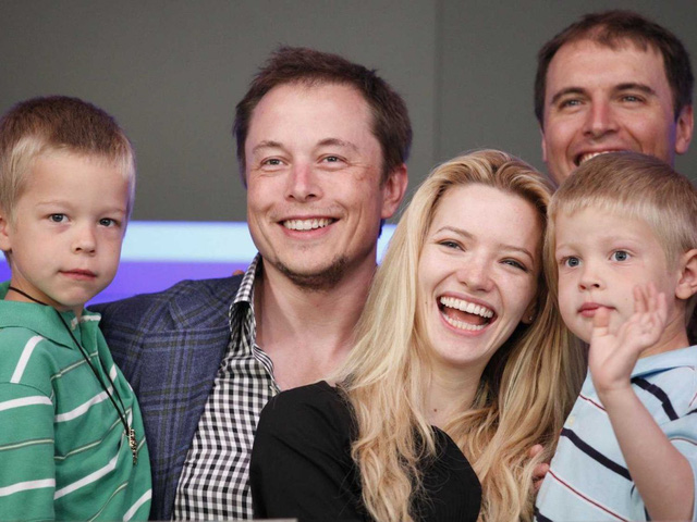 Elon Musk spends time with his kids.