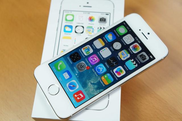 Giá iPhone 5s chính hãng chỉ được điều chỉnh ở mức khoảng 600.000 đồng