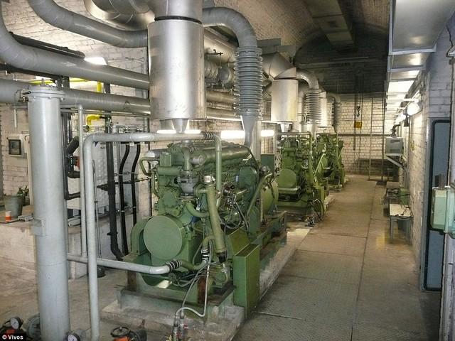 Phòng động cơ của khu hầm siêu sang.