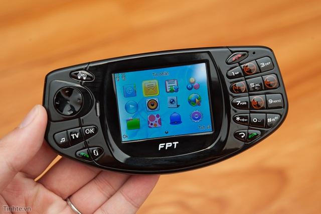 FPT F-Game - Chiếc điện thoại chuyên cho chơi game do FPT sản xuất.