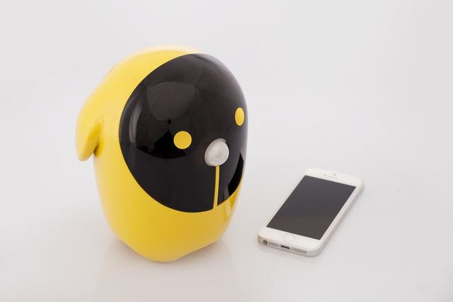 Smartphone cũ sẽ trở nên hữu ích khi nó nằm trong robot Rico.