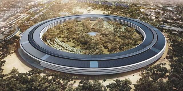 Được trang bị tới 65.000 m2 pin năng lượng mặt trời, Apple Campus 2 có thể hoạt động hoàn toàn từ nguồn năng lượng tự nhiên.