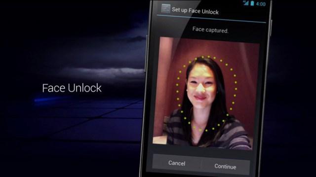 Mở điện thoại bằng nhận diện khuôn mặt.