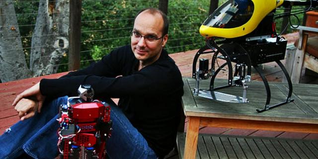 Từng được Google tin tưởng gửi gắm Replicant nhưng Andy Rubin đã sớm tạm dừng sự nghiệp tại đây.