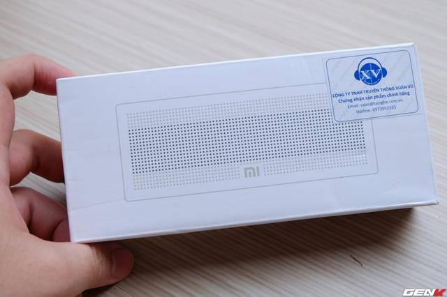 Đóng hộp đơn giản đã trở thành một truyền thống trên mọi sản phẩm của Xiaomi và chiếc loa này cũng không phải là ngoại lệ