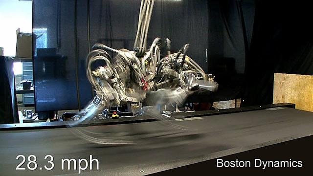 Robot Cheetah cho thấy tốc độ chạy nhanh siêu nhanh, thách thức kỷ lục gia chạy nhanh nhất thế giới hiện nay là Usain Bolt.