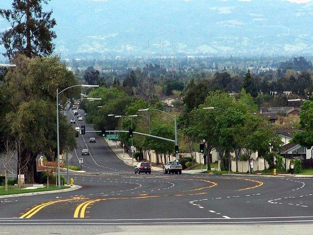 Thung lũng Silicon.