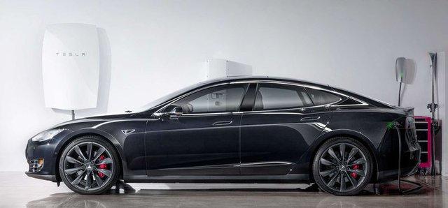 Hệ thống Powerwall của Tesla và xe điện