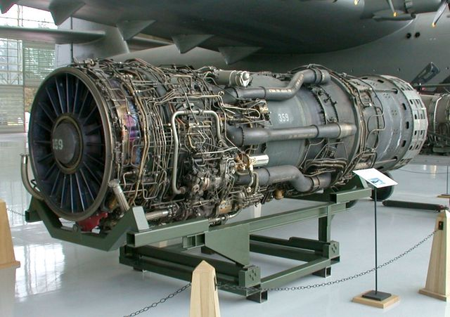 Một chiếc động cơ Pratt & Whitney J58 (JT11D-20)