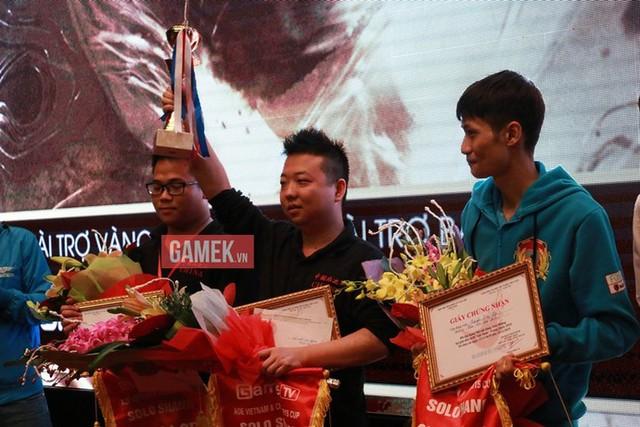 ShenLong mang về chiến thắng duy nhất ở kèo đấu solo Shang cho đoàn AoE Trung Quốc.