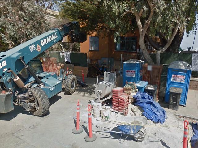 Căn nhà đang sửa ở San Francisco của CEO Facebook