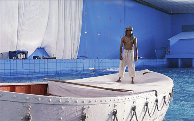 """Đội ngũ kỹ xảo của hãng Rhythm & Hues đã """"phù phép"""" khiến cho cảnh quay dưới đây của bộ phim giành tượng vàng Oscar """"Cuộc đời của Pi""""…"""