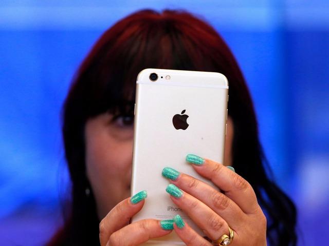 Chọn mua iPhone 16 GB hay 64 GB?